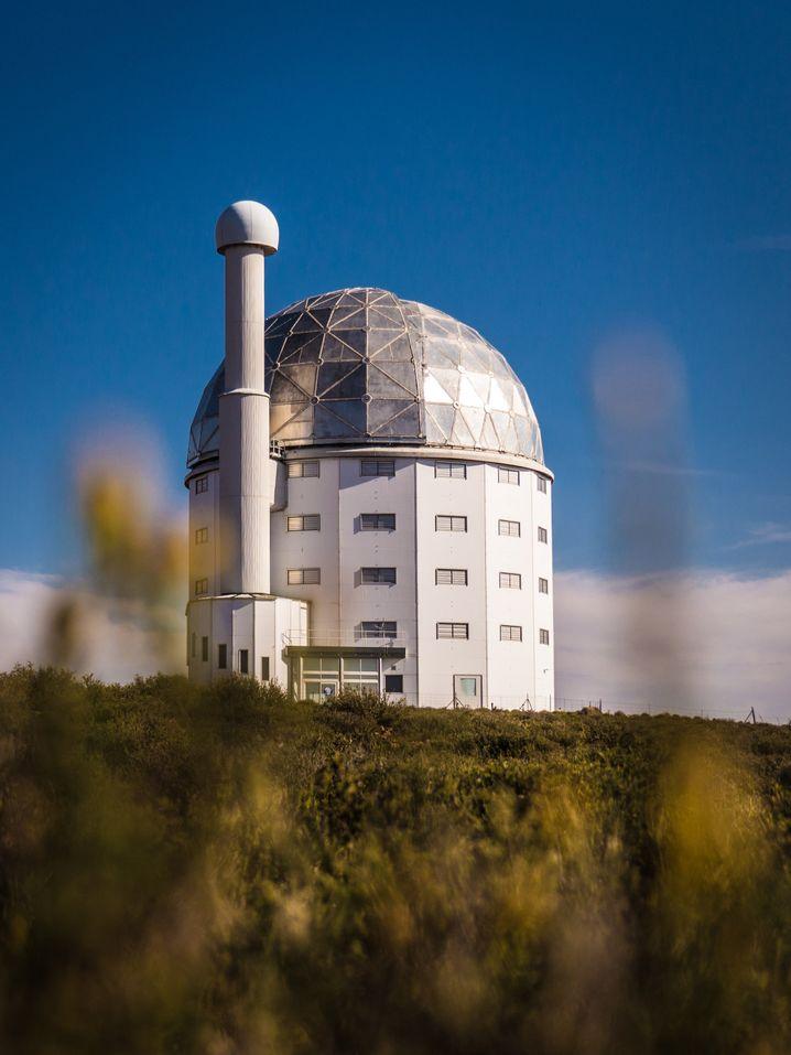 Mit gigantischem Elf-Meter-Spiegel: Southern African Large Telescope (SALT)
