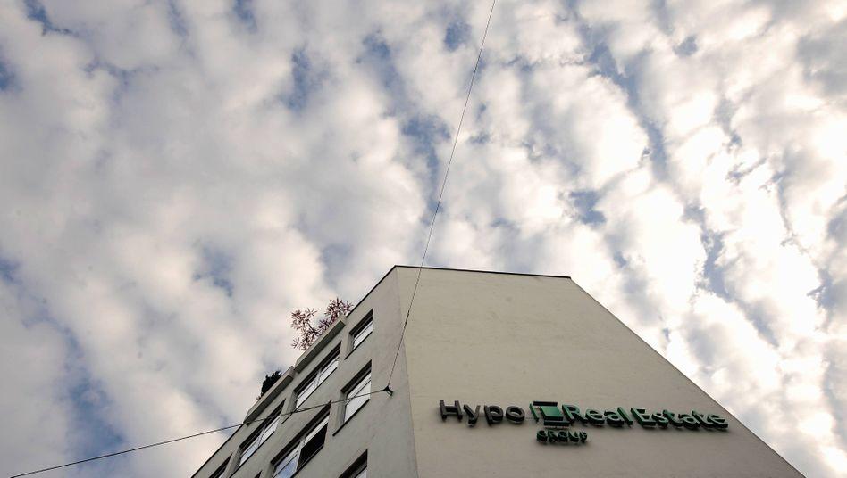 Überlebt nur mit Spritzen: Die Krisenbank HRE in München