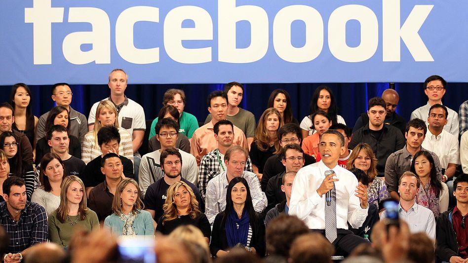 Alle fragen einen: Barack Obama bei einem Facebook-Auftritt in Palo Alto, Kalifornien