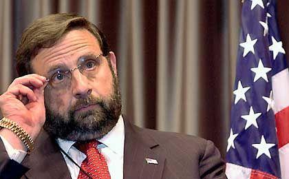 Glücklos: SEC-Chef Harvey Pitt hat mit der Ernennung Websters alles andere als ein gutes Händchen bewiesen.