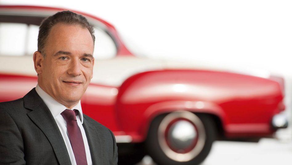 Fühlt sich der Tradition verpflichtet: Christian Borgward, Enkel des Firmengründers Carl F.W. Borgward, will den 1961 pleite gegangenen deutschen Autobauer wieder zum Leben erwecken. Dazu hat Borgward, zugleich Aufsichtsratschef der namengleichen Gruppe, den ehemaligen Daimler-Manager Ulrich Walter mit an Bord geholt.
