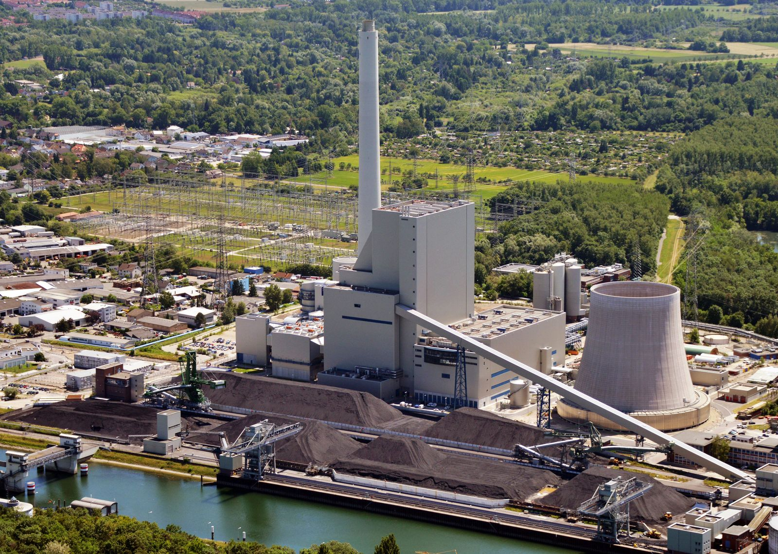 Kohlekraftwerk / Karlsruhe