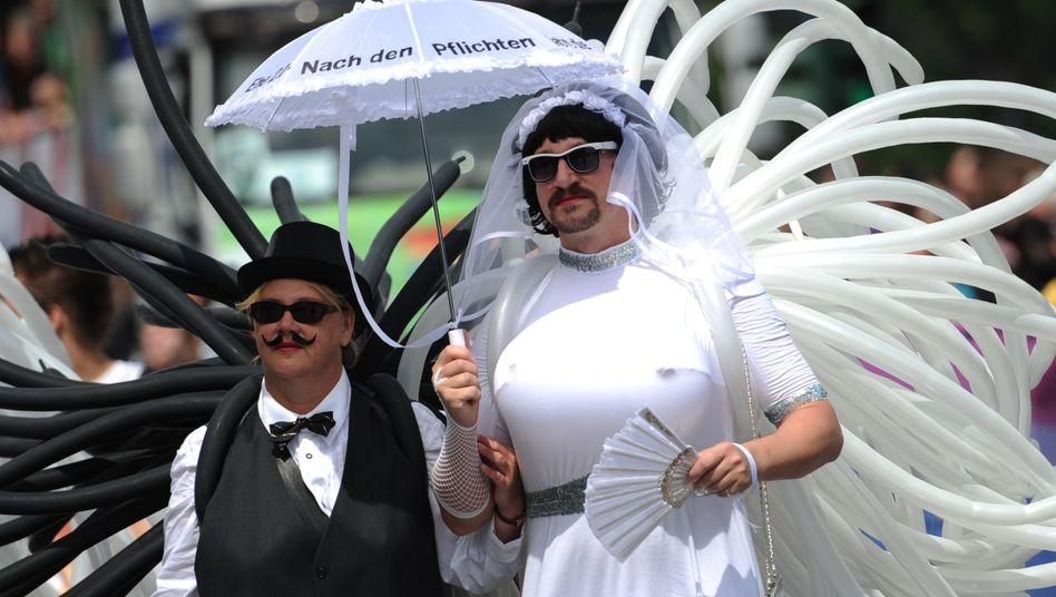 """Protestzug: """"Ehe 2.0 - Nach den Pflichten jetzt die Rechte"""""""