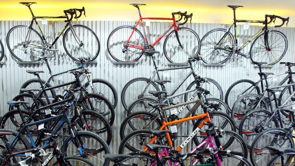 Seltener Anblick dieser Tage: Aktuell sind die Lager und Ausstellungsräume der Fahrradhändler vielfach leergefegt