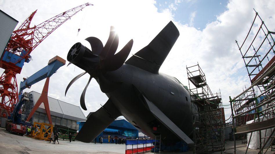 Mächtiger Antrieb: Die Werft von ThyssenKrupp Marine Systems in Kiel ist mit neuen Aufträgen für lange Zeit ausgebucht