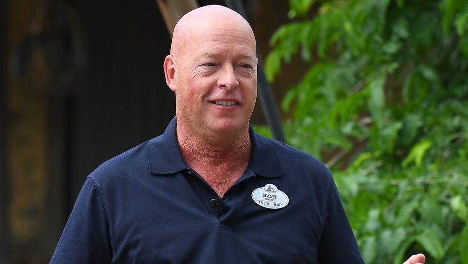 Bob Chapek, bislang Chef der Disney-Vergnügungsparks, folgt als CEO des Unterhaltungskonzerns auf Bob Iger