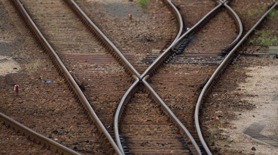 Wo geht's lang? Das Management der Bahn braucht ganz offensichtlich Orientierung, dringend verbindliche Vorgaben und klarere Strukturen und Zuständigkeiten