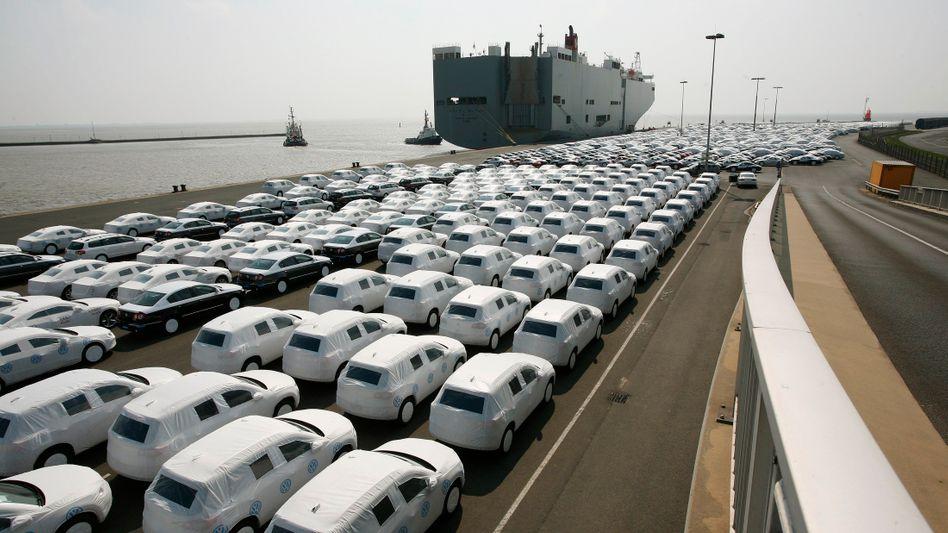 Hohe Nachfrage: VWs warten auf ihren Export