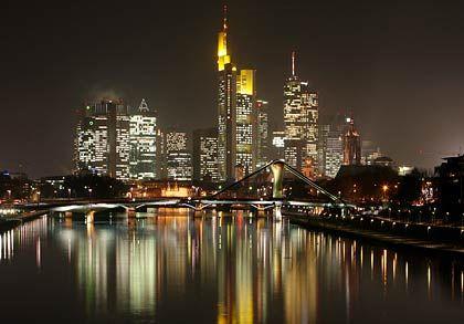 Zukunft im Dunkeln: Was wird aus Deutschlands Banken?