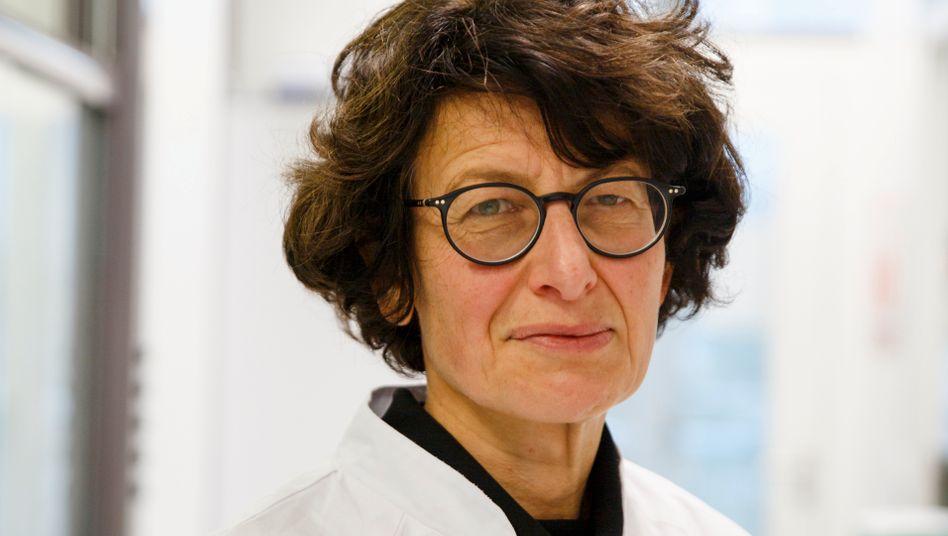 Heilmittelbringerin: Die Chefmedizinerin von Biontech, Özlem Türeci, entwickelt mit akribischer Sorgfalt aus Forschungsergebnissen Medikamente