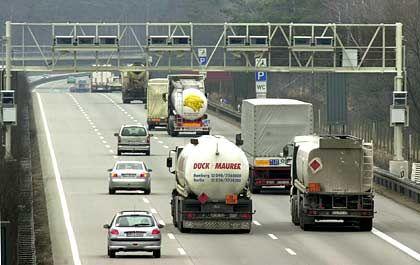 Kündigt der Bund den Vertrag? Lkw-Maut-Kontrollbrücke