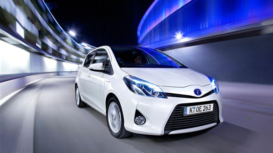 Hybridauto Toyota Yaris: Bei alternativen Antrieben führen die Japaner - bei der Motorenoptimierung nicht