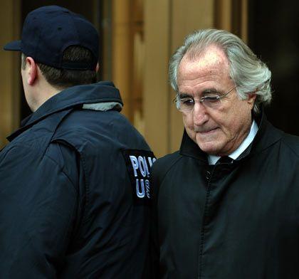 Trauriger Rekord: Ex-Broker Madoff soll bis zu 50 Milliarden Dollar ergaunert haben