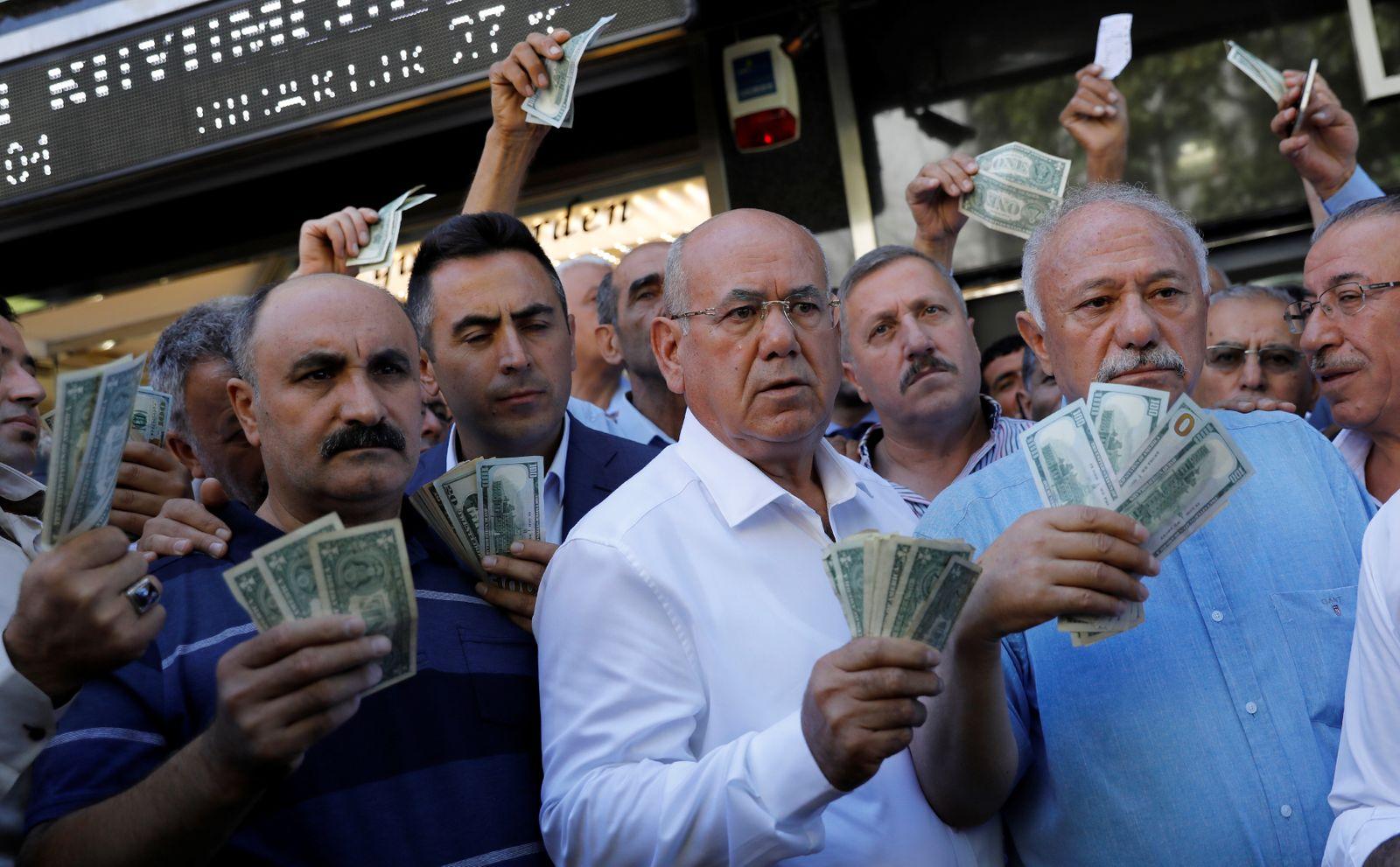 Geschäftsleute / Lira / Türkei