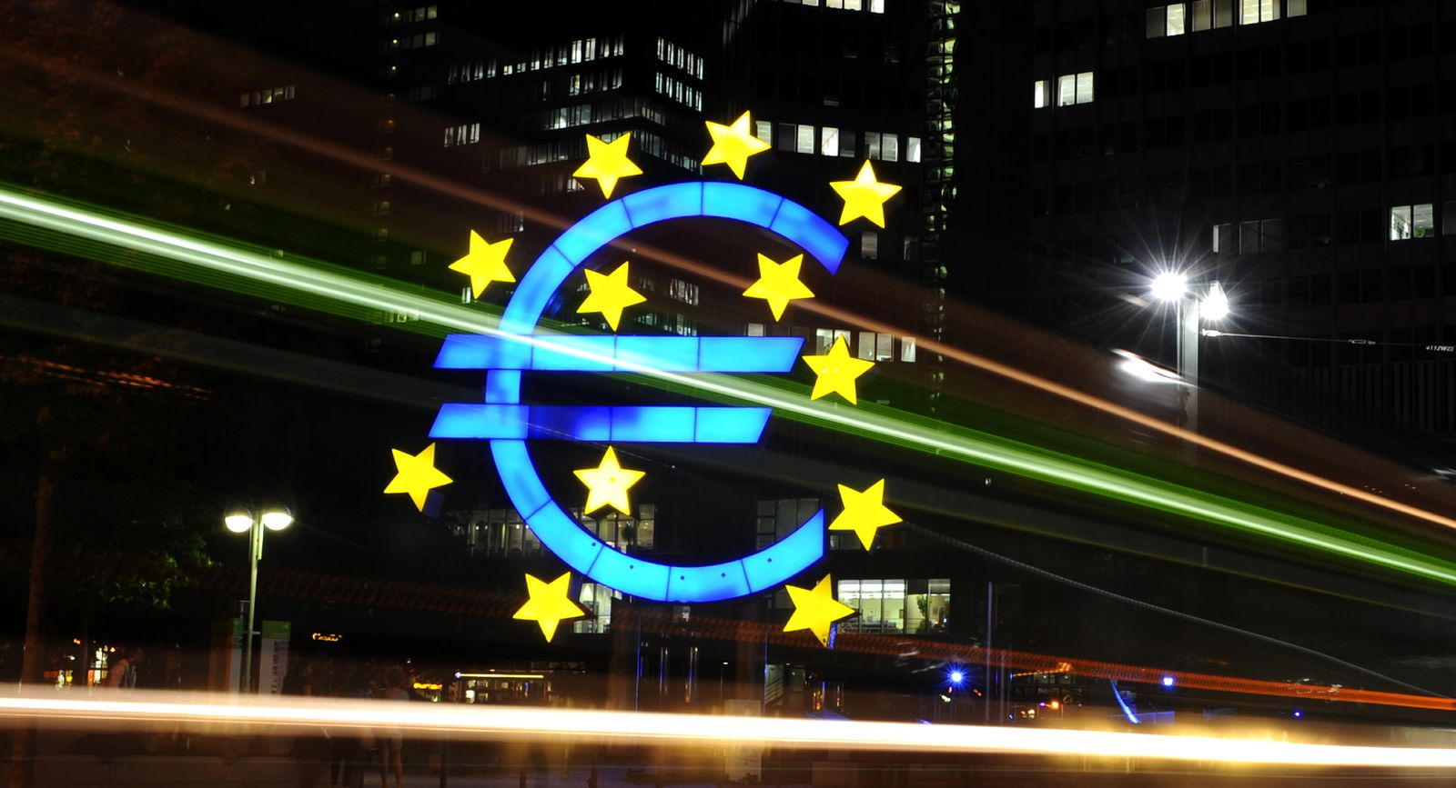NICHT VERWENDEN Europa / Finanzkrise / EZB / Zinsen / Euro