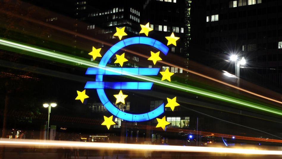 Euro-Symbol in Frankfurt am Main: Viele Fonds haben sich verzockt
