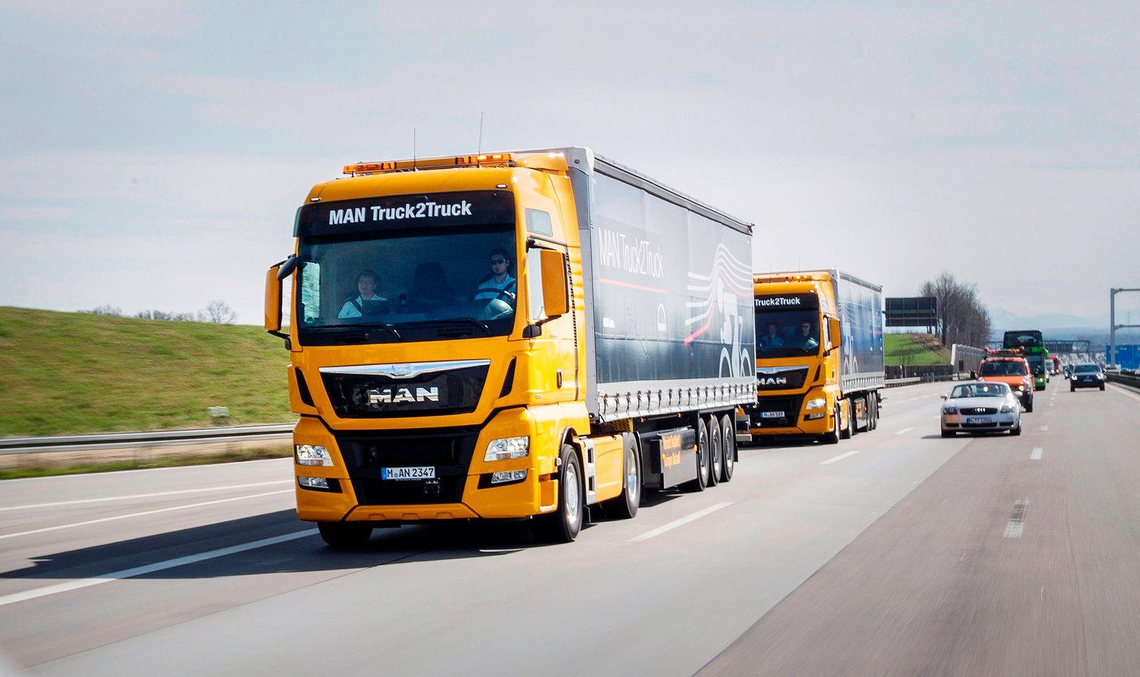MAN und Scania setzen auf digital gekoppelte Lkw