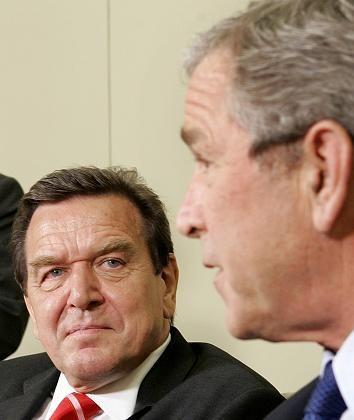 """Schröder, Bush: """"Finanzinvestoren sind hoch willkommen"""""""