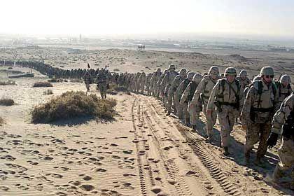 140 Milliarden Dollar für den Militäreinsatz: US-Soldaten am Persischen Golf