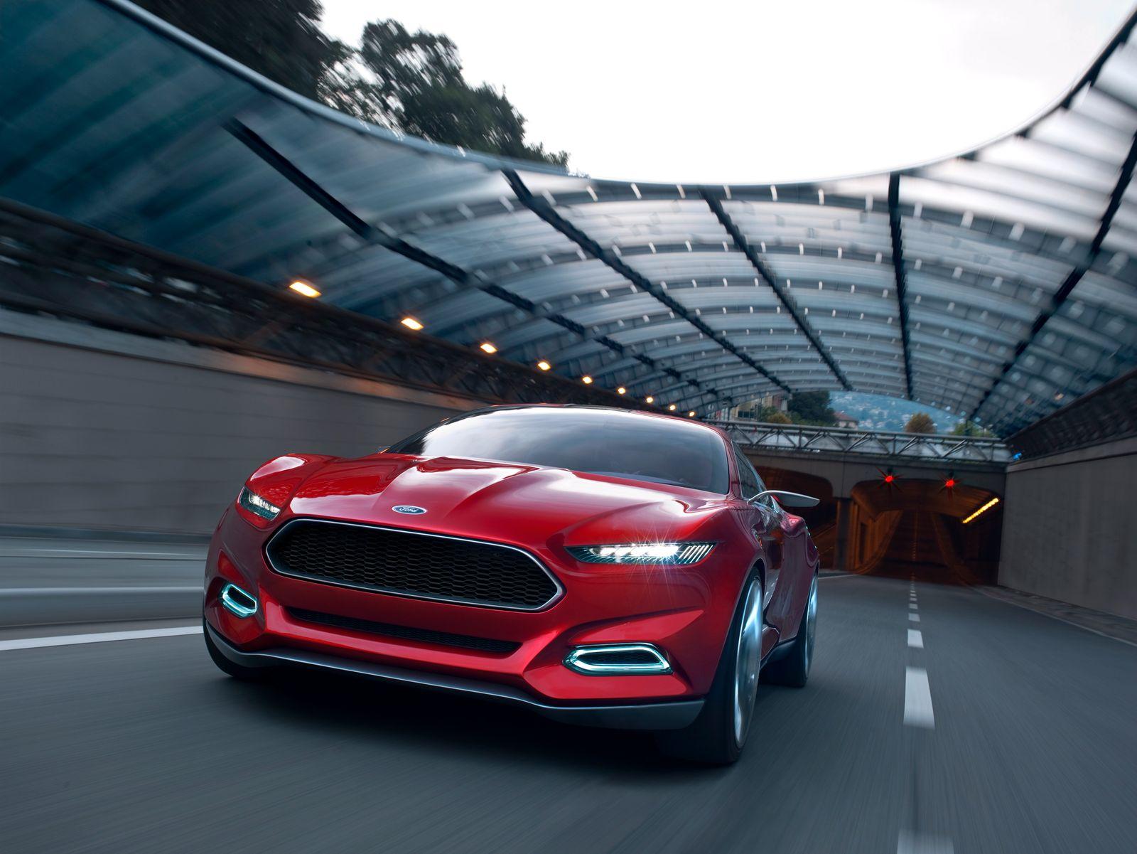 Ford Evos / Außenansicht