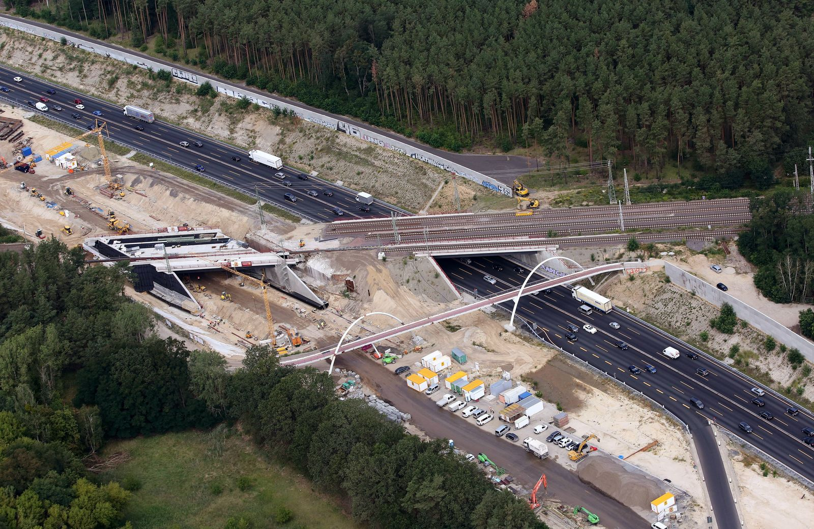 Schwarze Null / Strassen-Sanierung / Autobahn-Sanierung / Investition / Infrastruktur