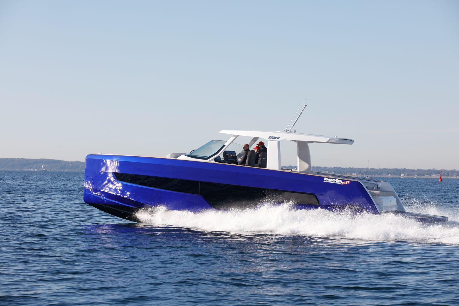 Boote Test Boot: Fjord 41 XL Motor: 2x Volvo Penta D6-440 Gewässer: Ostsee, Lübecker Bucht, Ancora Marina Redakteur: Ralf Marquard, Hanseyachts Greifswald via Henry Bleck