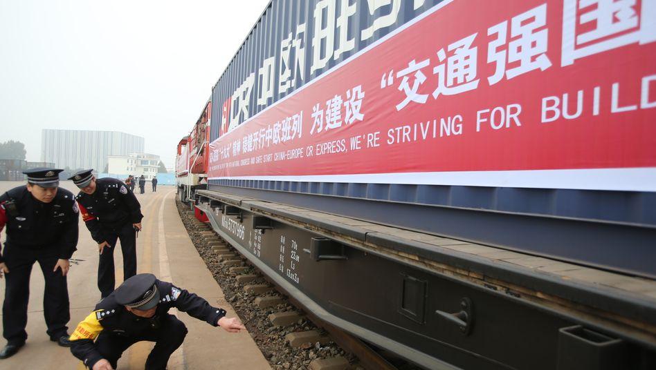 Chinesischer Güterzug (Archivaufnahme)