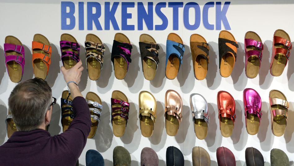 Nicht unbedingt schön, aber wertvoll: Finanzinvestoren sollen an der Marke Birkenstock und dem gleichnamigen Schuh-Hersteller interessiert sein