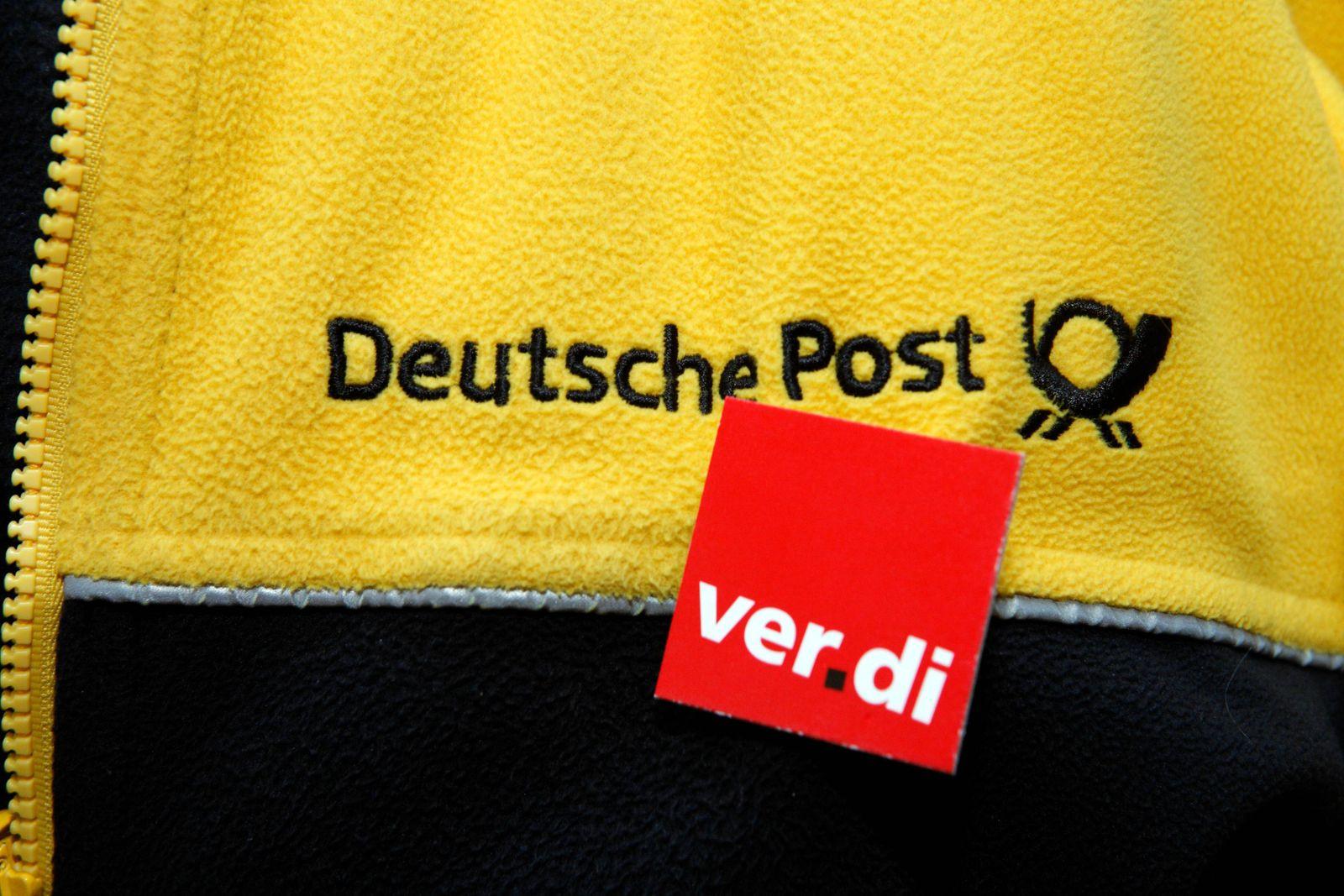 Verdi Sticker auf einer Post Fleecejacke ibljoe00614624