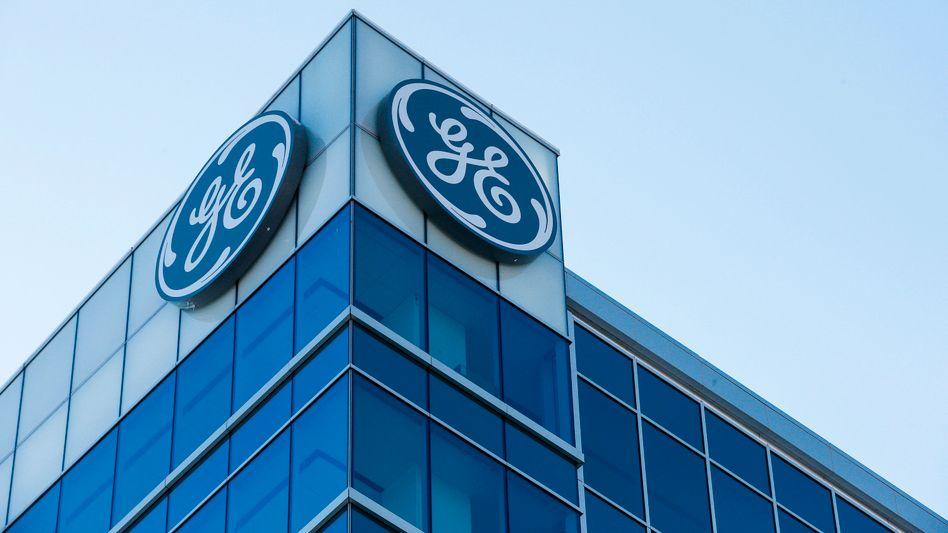 General Electric: Der Konzern gerät wegen des Verdachts auf Bilanztricks erneut stark unter Druck