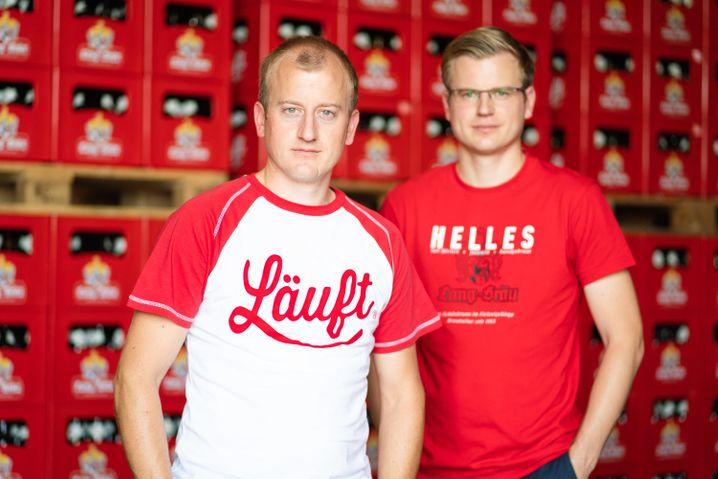 """""""Wir wollten in keinster Form irgendeinen Angriff starten"""": Das jedenfalls sagen Richard Hopf (l.) Geschäftsführer der Brauerei Lang-Bräu, und sein Bruder Stellvertreter Rudolf Hopf. Jetzt suchen sie für Mixgetränk einen neuen Namen"""