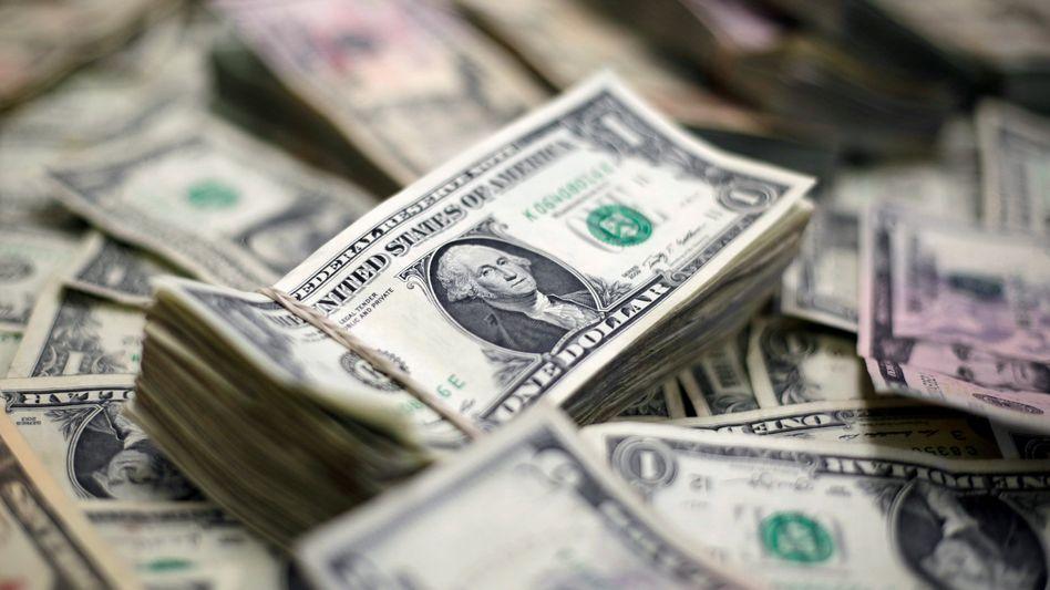Dax auf Erholungskurs: Der Dollar gibt unterdessen gegenüber dem Euro nach