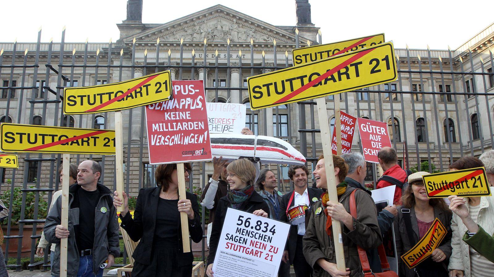 Demo vor Bundesrat gegen Stuttgart 21