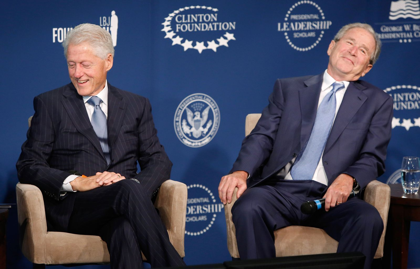 Bill Clinton / George Bush