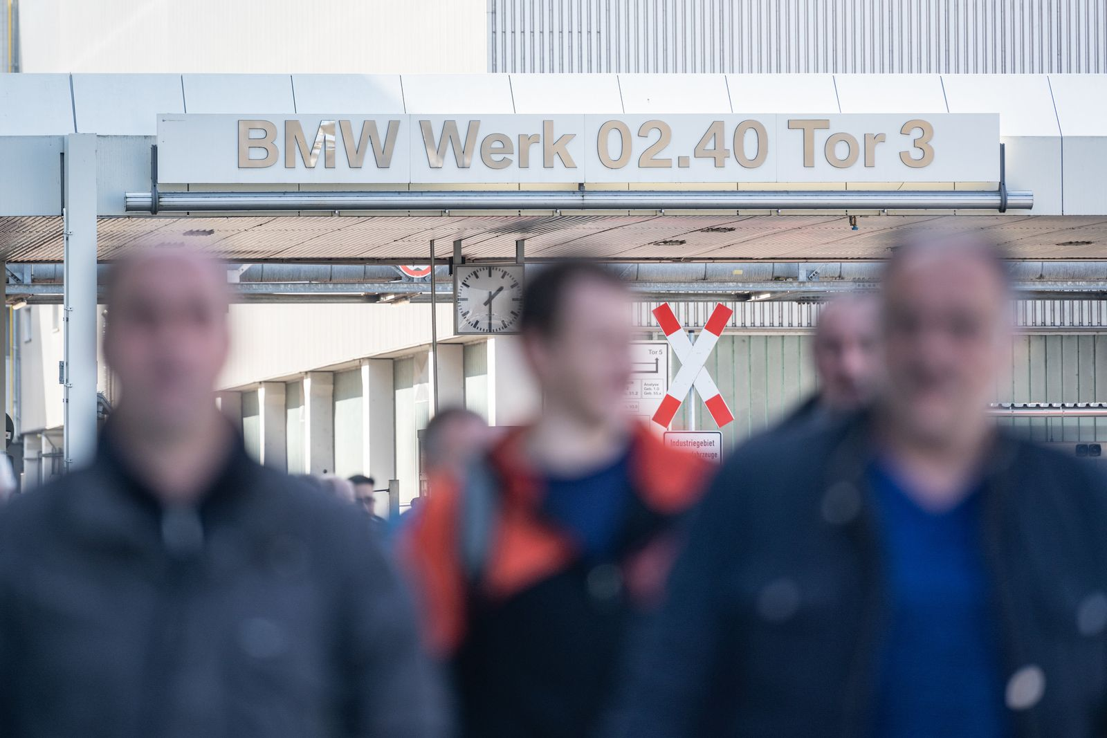 Coronavirus / BMW / DIngolfing / Kurzarbeit