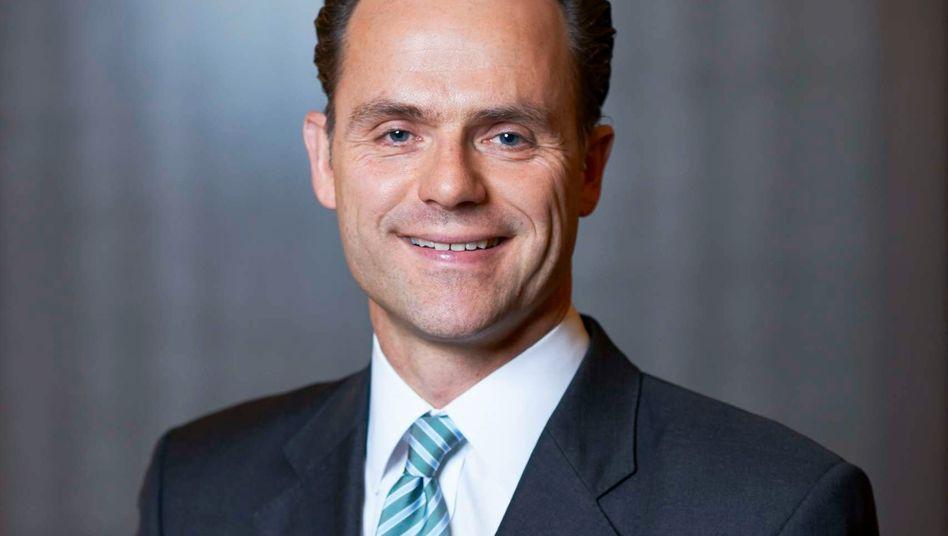 Wolfram Keil: Neben dem Aufsichtsratsvorsitz von Karstadt ist jetzt auch Chefaufseher von Kaufhof