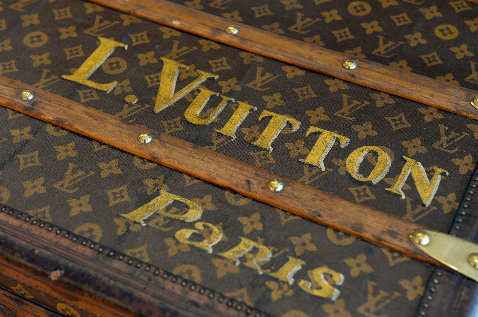 FASHION-LUXURY-ARTS-LOUIS VUITTON