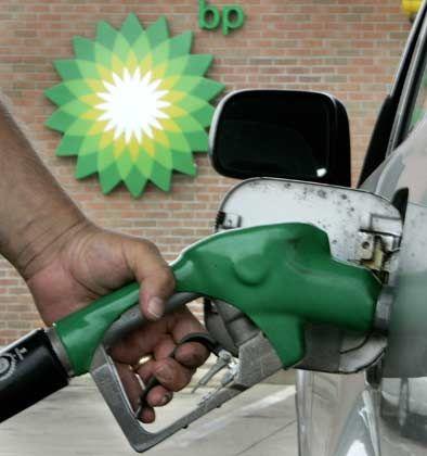 Gewinndelle: Sinkenden Ölpreise haben dem britischen Energrieriesen BP im ersten Quartal einen deutlichen Gewinneinbruch beschert