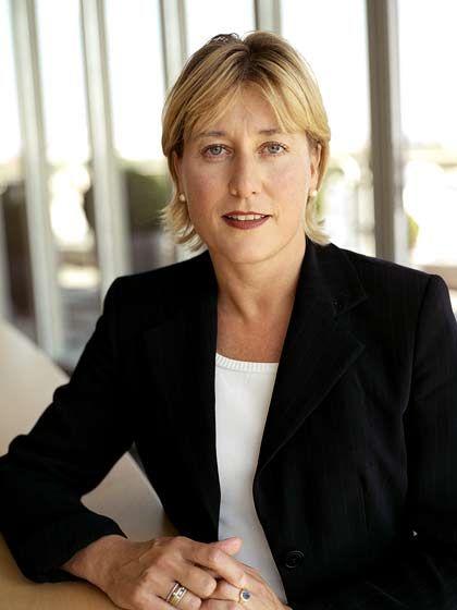 Karin Dorrepaal (43): Die Niederländerin studierte Psychologie, machte in der Beratung Karriere und kümmert sich bei Schering um die Diagnostiksparte.