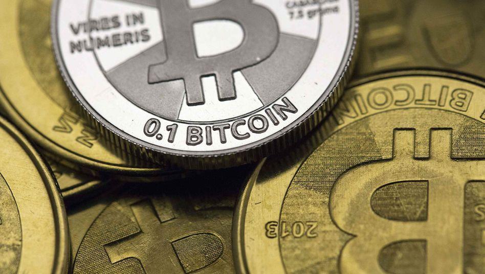 Bitcoin-Rekord: Die Kryptowährung kletterte kurzzeitig auf ein Rekordhoch von 23.200 US-Dollar - dann setzten Gewinnmitnahmen ein