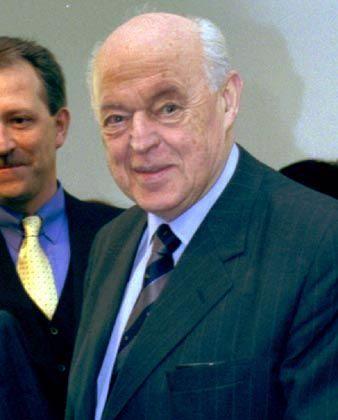 Lässt sich im Hartmann-Aufsichtsrat durch einen Rechtsanwalt vertreten: Betonmagnat Eberhard Schleicher