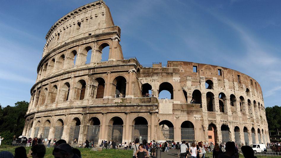 Kolosseum: Nicht nur für Übernachtungen auch bei Sehenswürdigkeiten müssen die Besucher der Ewigen Stadt jetzt mehr bezahlen