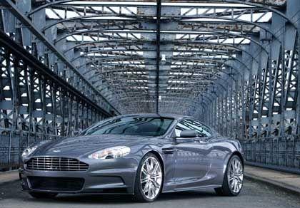 James-Bond-Auto: Aston Martin DBS heißt der neue Dienstwagen des Geheimagenten mit der Nummer 007. Das Auto basiert auf dem Sportcoupé DB9