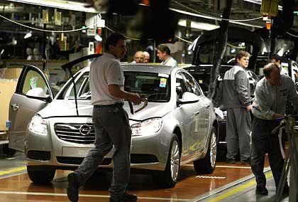 Opel-Produktion in Rüsselsheim: Kanzlerin Merkel klopft in Washington an
