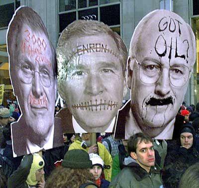 Politiker als Prügelknaben: Die Demonstranten greifen die Regierungen als Ausbeuter und Unterdrücker an