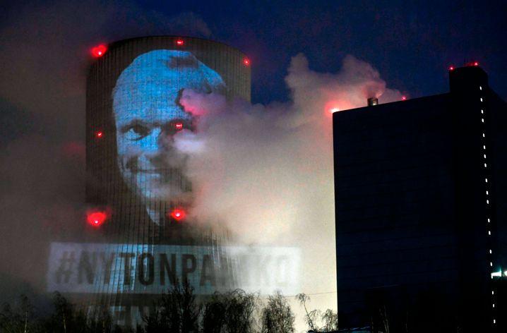 Greenpeace-Protest gegen Pekka Lundmark (als Fortum-Chef) am Kohlekraftwerk Datteln 4 Ende Februar