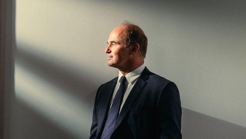 Tragischer Held: Martin Brudermüller scheint das Unglück geradezu anzuziehen. Die Rutschfahrt der Autoindustrie, Handelszank und Corona machen ihm einen Strich durch seine ambitionierte Rechnung.