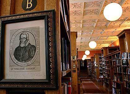 Die Bibliothek von King's College: Sie beherbergt den Nachlass von Sir Isaac Newton, gesammelt von dem Apostel-Mitglied John M. Keynes