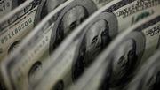 China wirft so viele Dollar auf den Markt wie nie