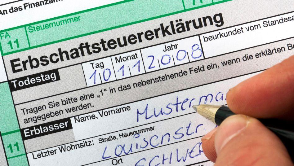 Auch künftig großteils steuerfrei: Firmen können auf Unterstützung von SPD und CDU zählen, herkömmliche Erben werden nach Abzug von Freibeträgen dagegen zur Kasse gebeten